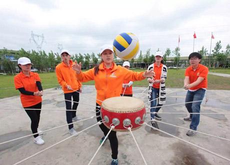 <b>深圳拓展团建活动有利于加强团队建设</b>